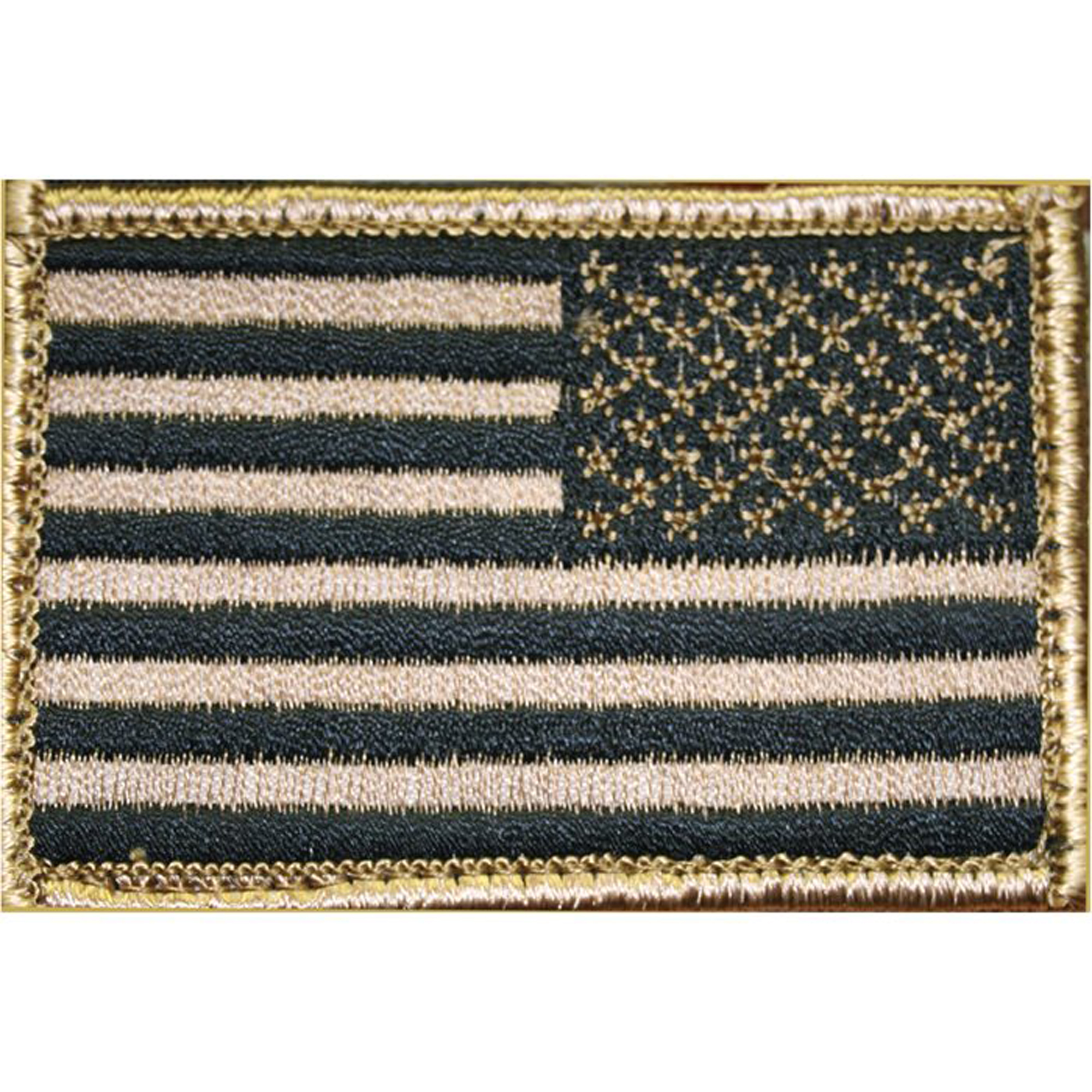 This USA flag identification patch can be attached to pouches and garments. It offers hook & loop attachment with a loop panel that can be sewn onto gear and clothing.