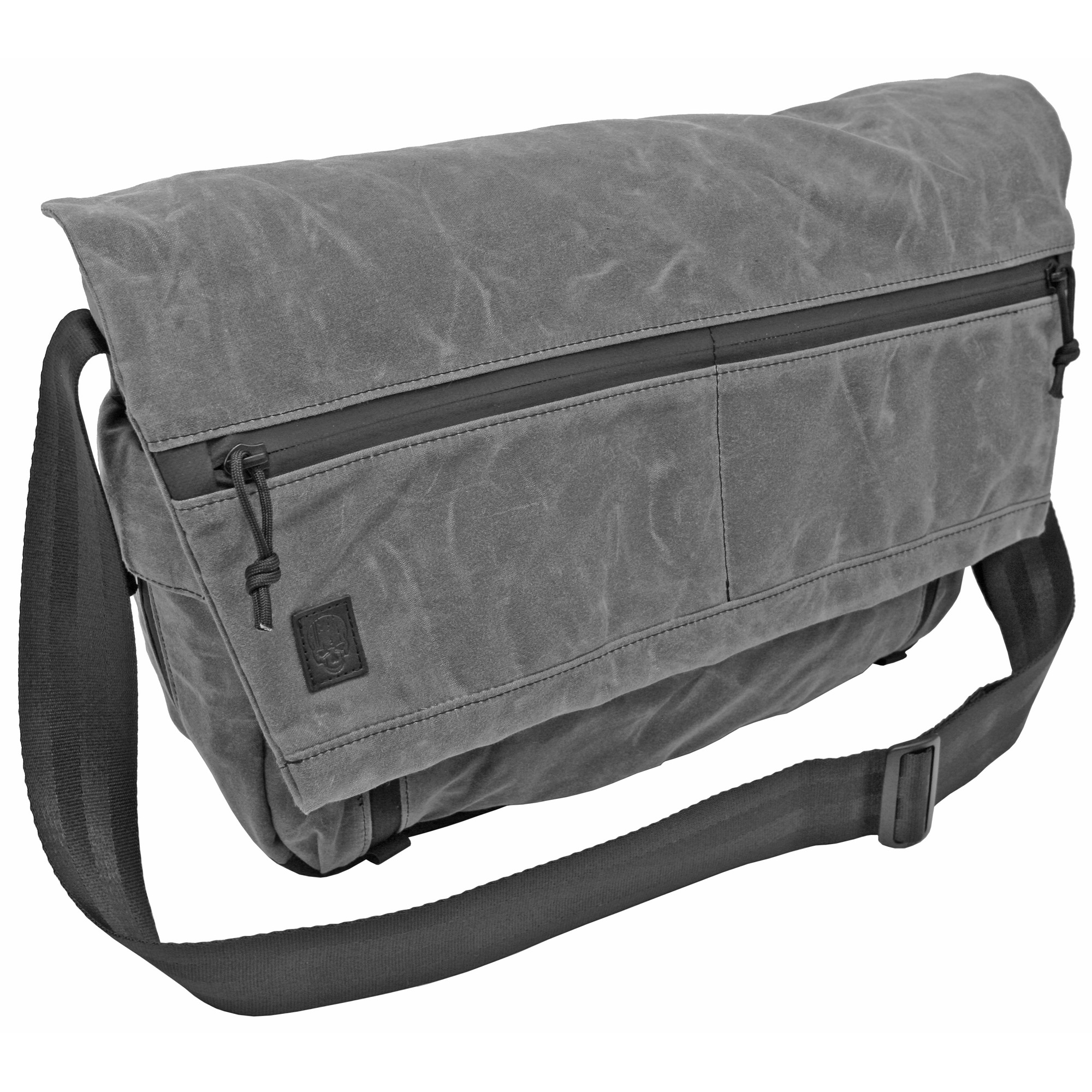 The Wanderer messenger bags are covered in a high quality canvas material that provides water repellency and long lasting quality.