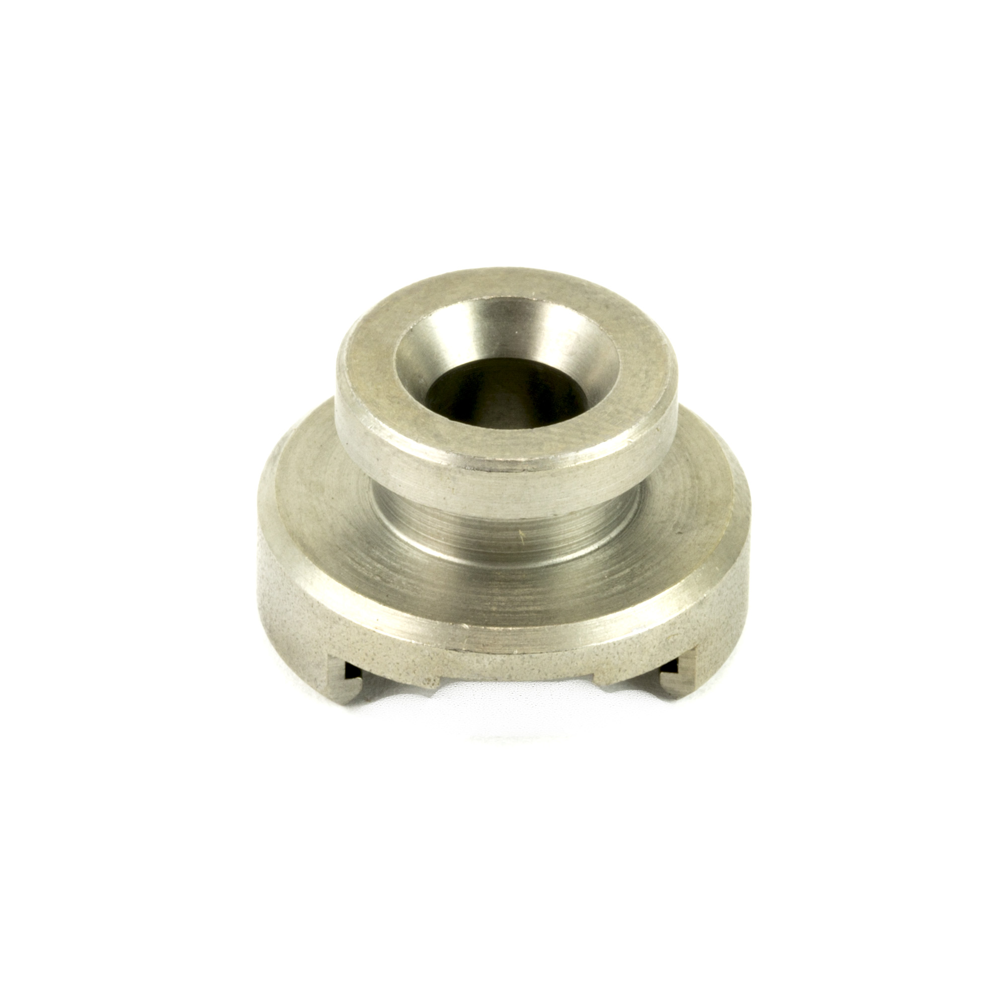 RCBS(R) Single Stage shell holders are built from hardened steel and designed to properly align the case with the reloading die in single-stage and turret presses.