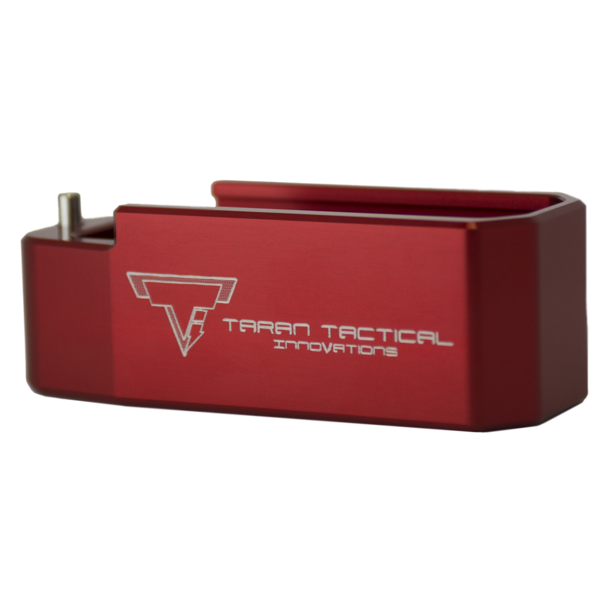 This Taran Tactical Innovations .223 PMAG base pad works on any .223 30 or 40 round PMAG magazine. It is machined out of billet aluminum and is hard anodized to ensure durable long lasting color. All machining and manufacturing is done in the USA.